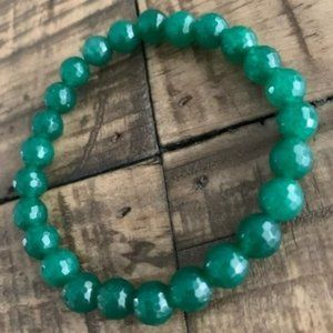 8mm Emerald Jade Stretch Bead Bracelet